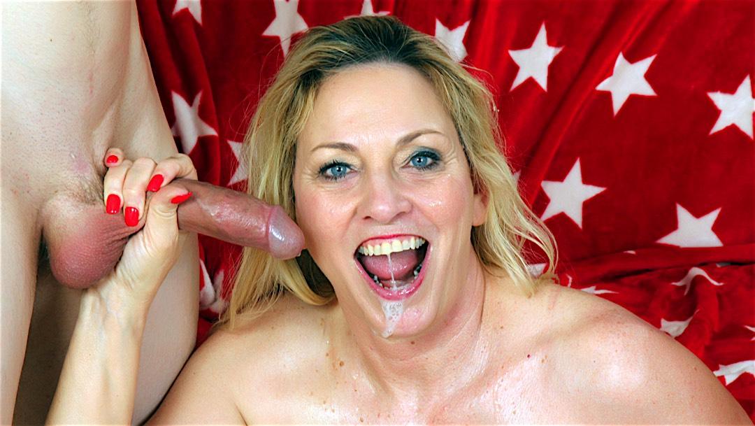 Mature blonde Cala Craves rides a dick